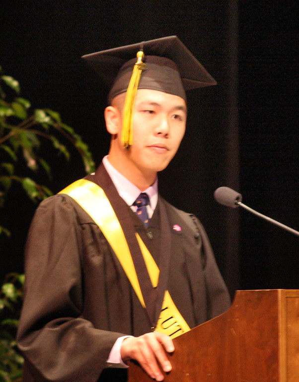 . William Du delivers the salutatory address to his fellow classmates at the fifty-ninth commencement ceremonies of Bishop O\'Dowd High School at the Paramount Theatre of the Arts in Oakland, Calif. on Sunday, June 2, 2013. (Jim Stevens/Bay Area News Group)