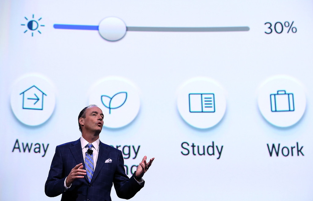 Description of . Samsung Consumer Electronics President Tim Baxter speaks during a press event at the Mandalay Bay Convention Center for the 2014 International CES on January 6, 2014 in Las Vegas, Nevada. (Justin Sullivan/Getty Images)