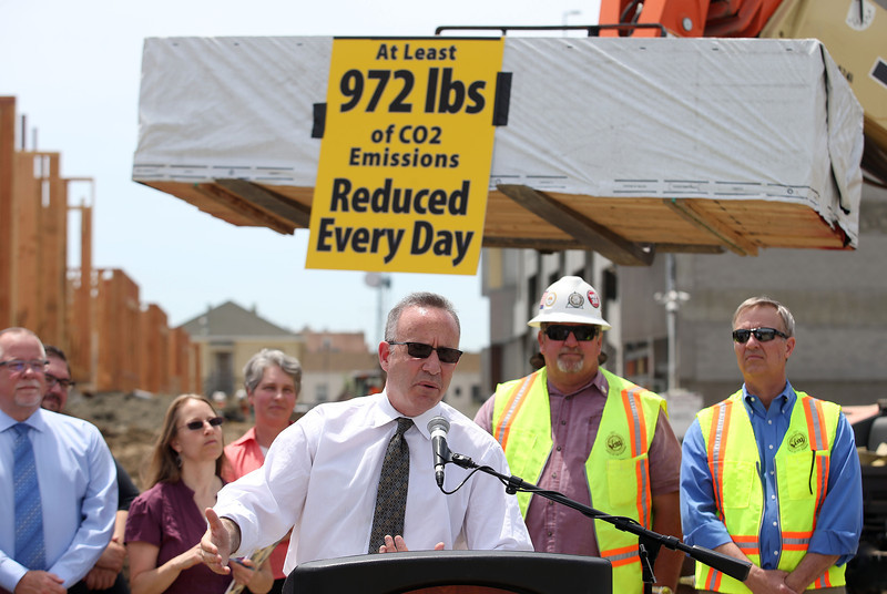 California Senate President Pro Tempore Darrell Steinberg, (D-Sacramento) center, speaks during a press conference on green gas emissions at the MacArthur BART station in Oakland, Calif., on Thursday, May 15, 2014. (Jane Tyska/Bay Area News Group)