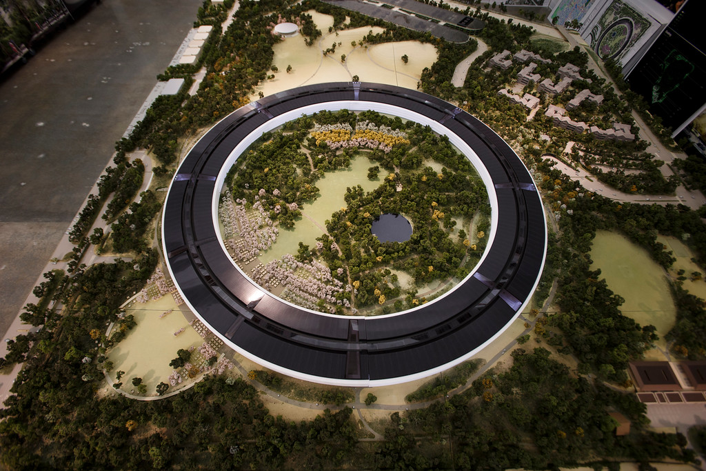 . An overview of a model of Apple\'s proposed new campus. The plan will go up for a final vote before the Cupertino City Council on Oct. 15. The rendering was photographed at Apple\'s office located at the proposed new campus site on Oct. 10, 2013 in Cupertino. (Dai Sugano/Bay Area News Group)