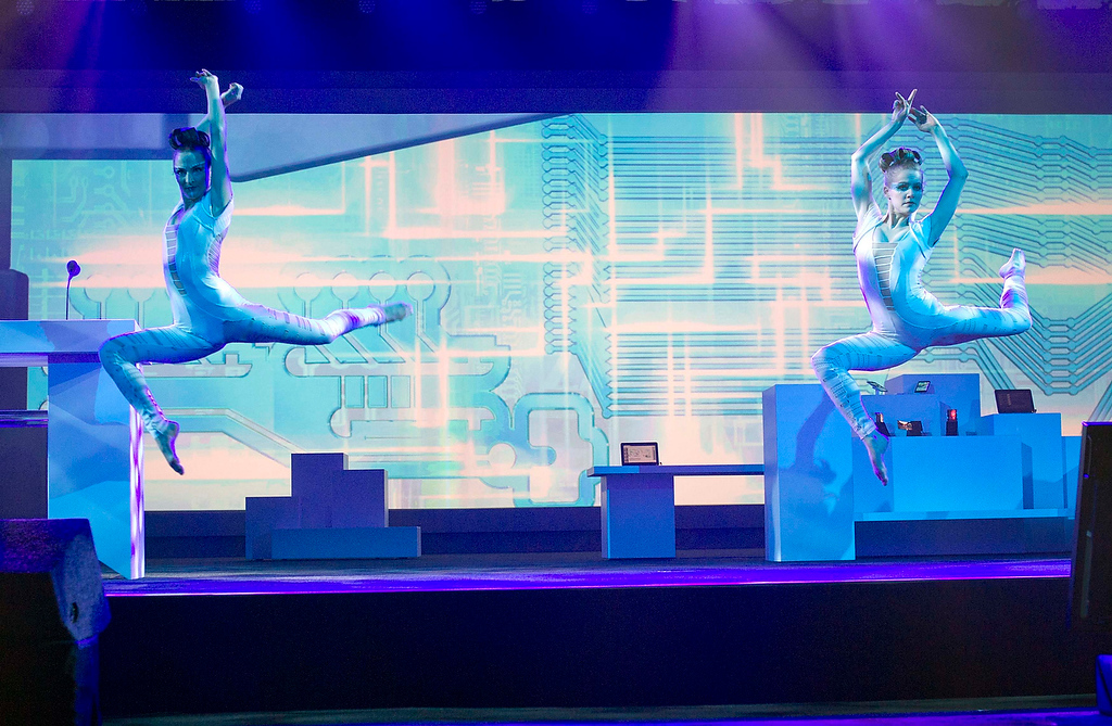 . Dancers perform during a Samsung Electronics keynote address at the Consumer Electronics Show (CES) in Las Vegas January 9, 2013. Samsung introduced a new faster processor and prototype devices with flexible OLED screens. (REUTERS/Steve Marcus)