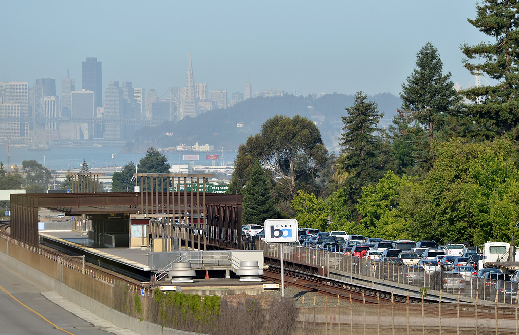 . Traffic crawls westbound past an empty Rockridge BART station in Oakland, Calif. on Monday, July 1, 2013. (Kristopher Skinner/Bay Area News Group)
