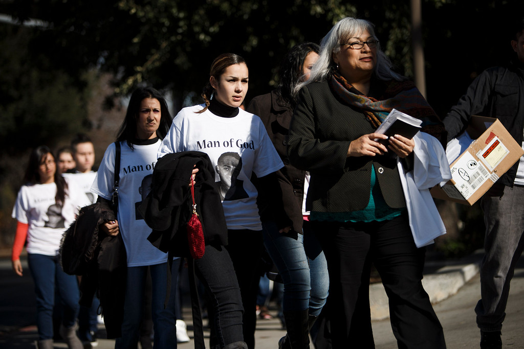 . Supporters for Luis Ricardo Hernandez, the apartment complex maintenance worker who allegedly shot to death a man he suspected of committing a series of burglaries at the apartment complex, arrive at the Santa Clara County Hall of Justice prior to Hernandez\'s court appearance on Jan. 18, 2013 in San Jose. (Dai Sugano/Staff)