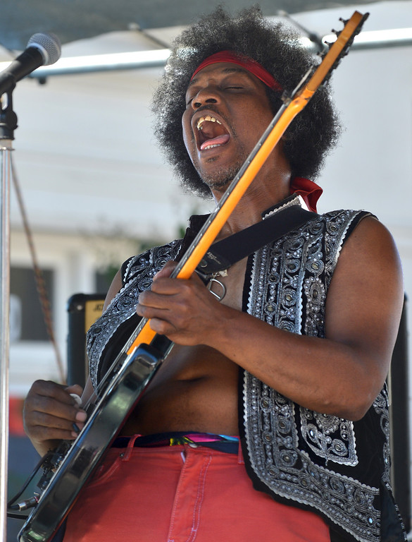 . Ralph Woodson, of the Ralph Woodsen Trio, plays some Jimi Hendrix music at the 29th annual Pittsburg Seafood and Music Festival in the city\'s historic Old Town in Pittsburg, Calif., on Saturday, Sept. 7, 2013. (Dan Rosenstrauch/Bay Area News Group)