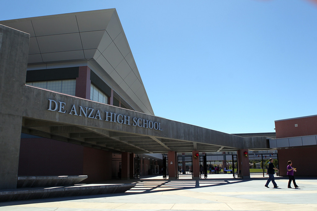 . Visitors tour De Anza High School\'s new campus in Richmond, Calif., on Saturday, Sept. 7, 2013. This is the latest school reconstruction project in the West Contra Costa school district. (Anda Chu/Bay Area News Group)