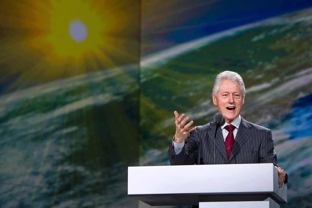 . Former U.S. President Bill Clinton speaks during a Samsung keynote address at the Consumer Electronics Show (CES) in Las Vegas January 9, 2013. (REUTERS/Steve Marcus)