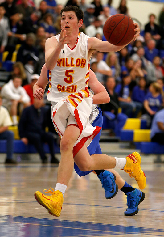 . Willow Glen High School\'s Mikey Riley (5) heads to the basket against Los Altos High School\'s in the fourth period for the CCS Division II Boys Basketball semifinals at Santa Clara High School in Santa Clara, Calif., on Tuesday, Feb. 26, 2013.  Willow Glen High School won 59-57.  (Nhat V. Meyer/Staff)