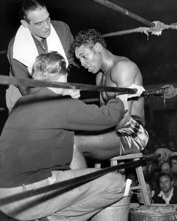 . January 21, 1948 - Billy Smith in the ring with his trainers. (Jim Edelen / Oakland Tribune)