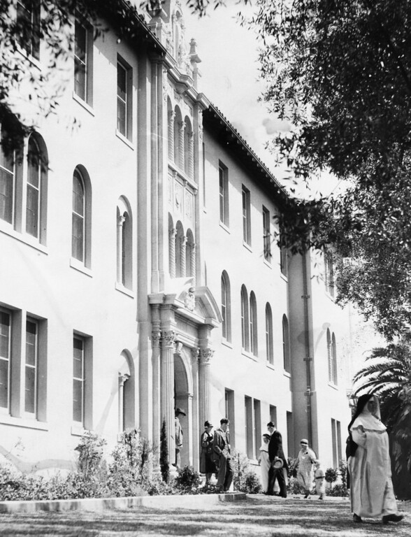 . May 3, 1931 - Spectators and church dignitaries view the new convent of the Domincian Sisters after it\'s dedication. (Oakland Tribune Staff Archives)