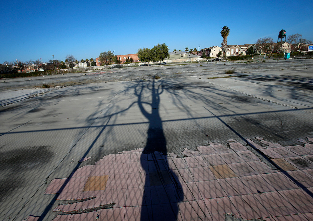 . An empty lot looking east on N. 6th St. in-between Jackson St. and E. Taylor St. in Japantown in San Jose, Calif., on Monday, Feb. 25, 2013.  After years of on-again, off-again plans for development of five acres of the city�s former Corporation Yard in Japantown, the San Jose City Council on Tuesday is expected to approve a term sheet with a developer in an effort to revitalize Japantown with housing, retail, an urban plaza, performance space and strong historical connection.  (Nhat V. Meyer/Staff)