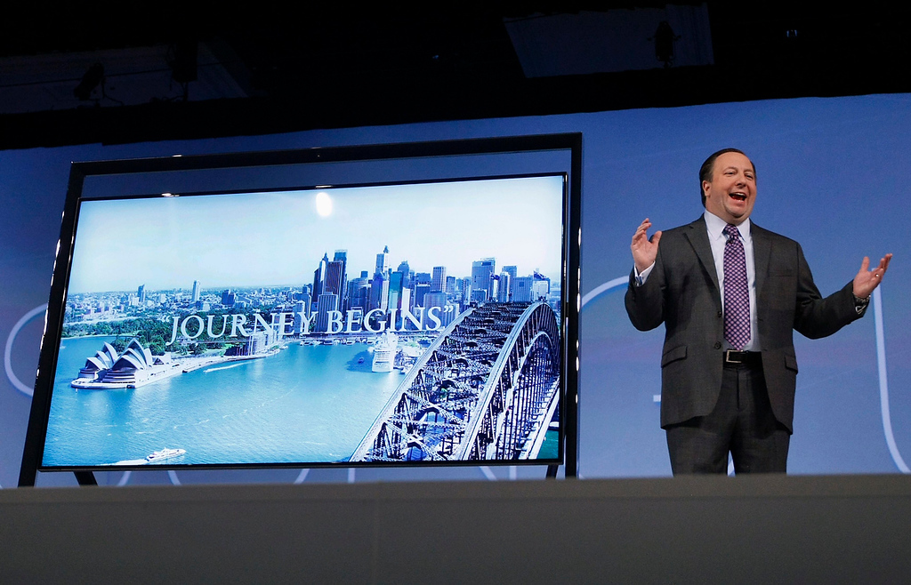 ". Joe Stinziano, executive vice-president for Samsung Electronics America, debuts the company\'s new 85"" Ultra High Definition (HD) television at the Samsung news conference at the Consumer Electronics Show (CES) in Las Vegas January 7, 2013. (REUTERS/Rick Wilking)"