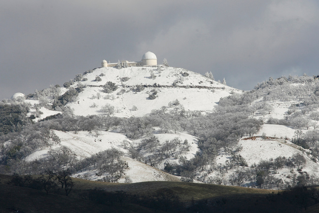 . When Mt. Hamilton and Lick Observatory are blanketed in snow, it becomes a photographer\'s picture postcard dream come true. This photo was made on Jan. 28, 2008.  (Gary Reyes/Mercury News archives)