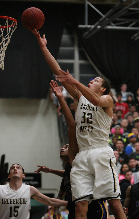 . Mitty\'s Aaron Gordon shoots in the first half of the NorCal Open Division first round game at Archbishop Mitty High School in San Jose, Calif. on Saturday, March 9, 2013. The Archbishop Mitty Monarchs beat the Newark Memorial High School Cougars, 63-51. (Jim Gensheimer/Staff)